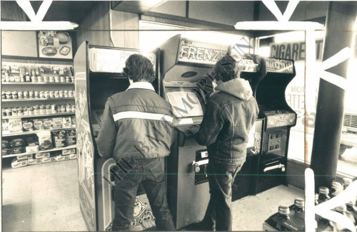 Arcade 82-2