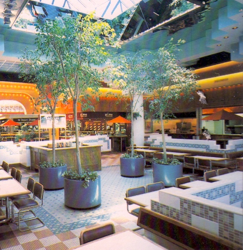 Mall 1985-10