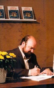 Troubador Larry Evans 1982 LANBC