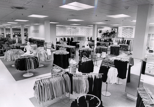 Inside J C Penney And Montgomery Ward 1973 2 Warps To