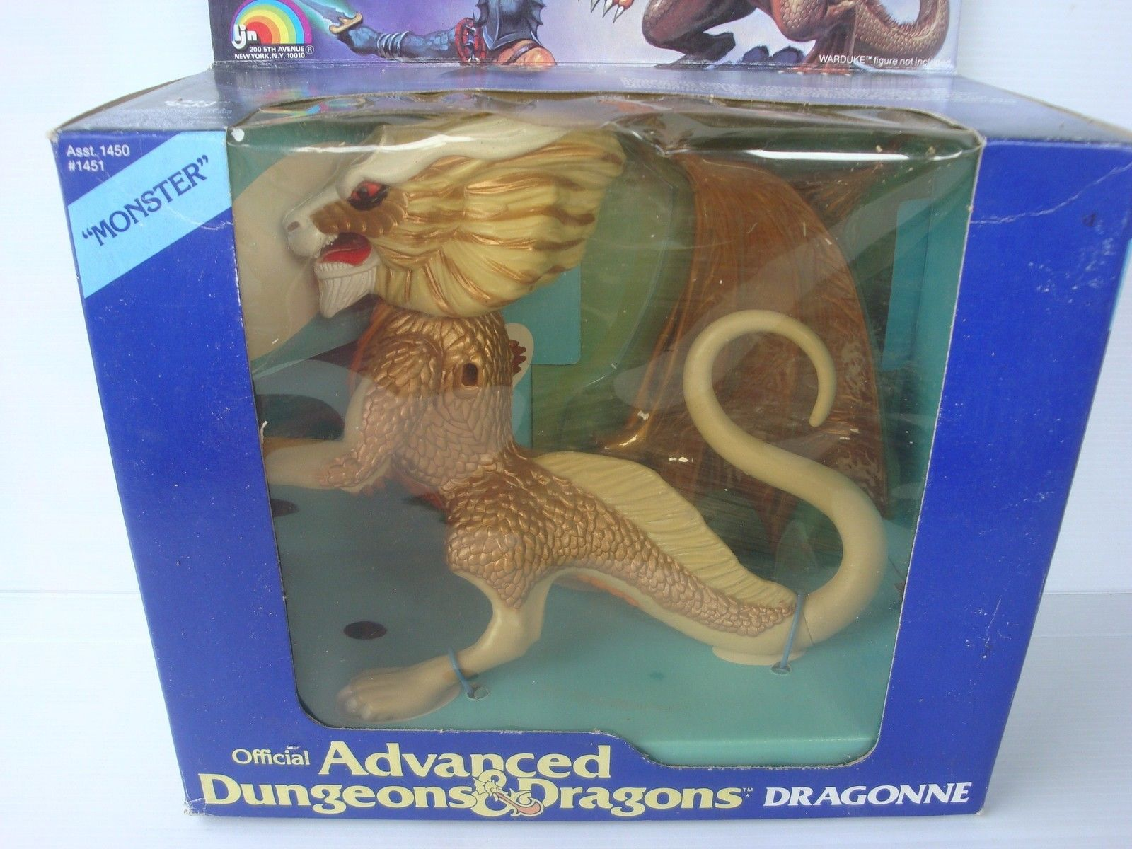 LJN's Advanced Dungeons & Dragons Toys: Dragonne – Half