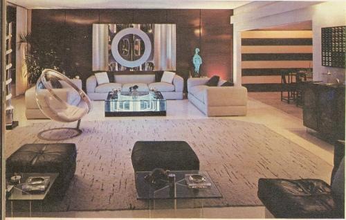 Living Room 70s-2