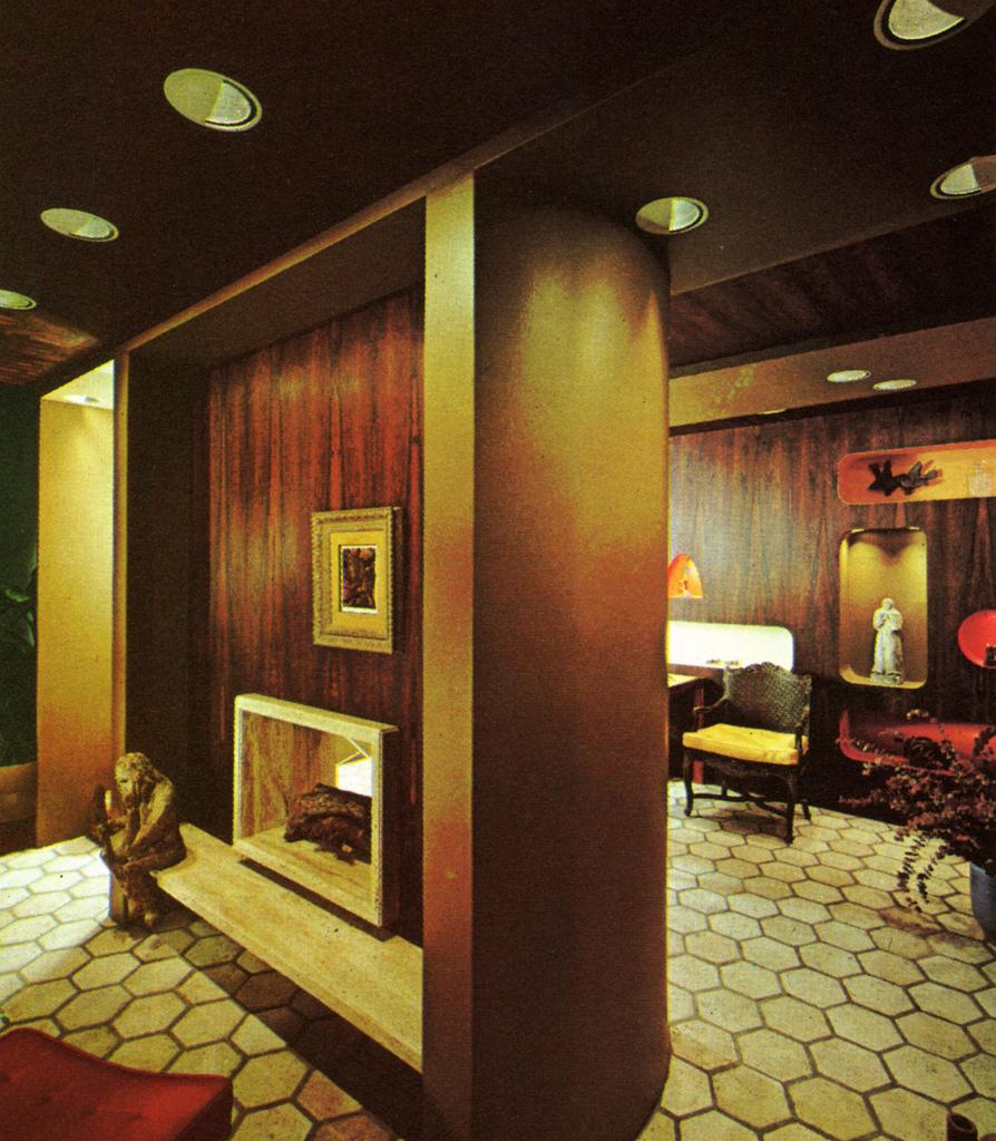 Living Room 70s 5